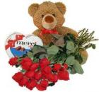 Juguete suave + chocolates + 11 rosas de cualquier color (largas)