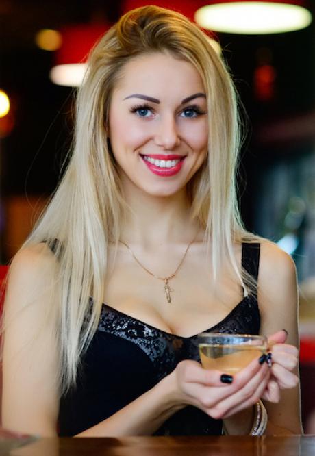 Photos of Ella, Age 27, Rovno
